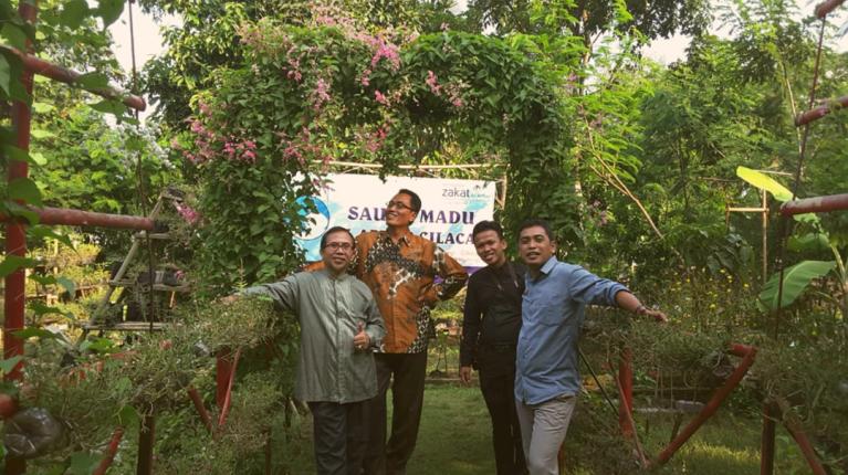 Saung madu Cilacap